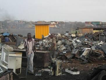 Kinderarbeit in Westafrika: Giftiger Elektromüll