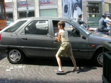 Neapel: die Zahl der arbeitenden Kinder hat stark zugenommen.