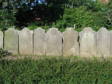 In Bayern soll ein Verbot für Grabsteine aus Kinderarbeit möglich gemacht werden