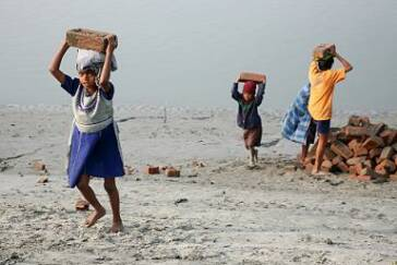 1 Million Kinder arbeiten in Afghanistan