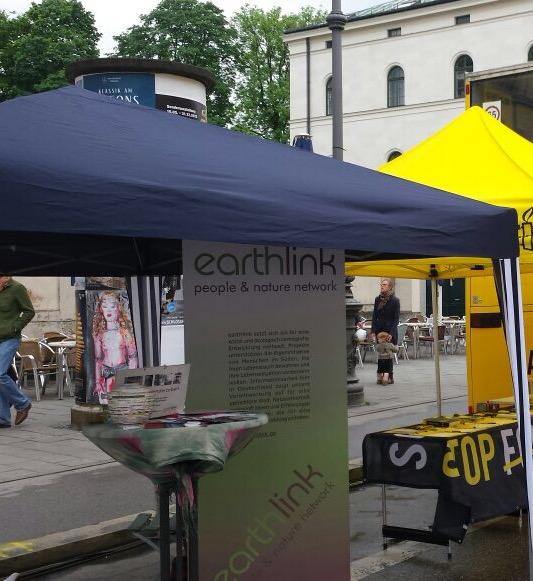 wir waren auf dem streetlife festival aktiv gegen kinderarbeit. Black Bedroom Furniture Sets. Home Design Ideas