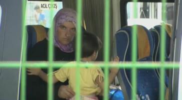 Syrische Flüchtlingskinder arbeiten in Textilfabriken in der Türkei