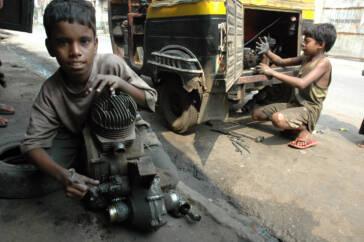 Ausbeutung in Indien: Kinder armer Familien profitieren nicht von Gesetzesänderung