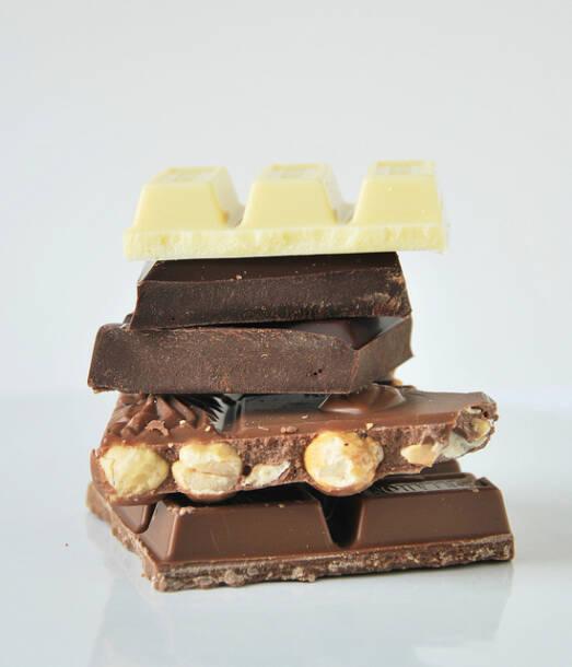 Schokolade ist zwar sehr lecker - dahinter verbirgt sich jedoch oft Kinderarbeit und Armut  |  Bild: © Sonia - L´Exquisit [(CC BY-NC-ND 2.0)]  - flickr