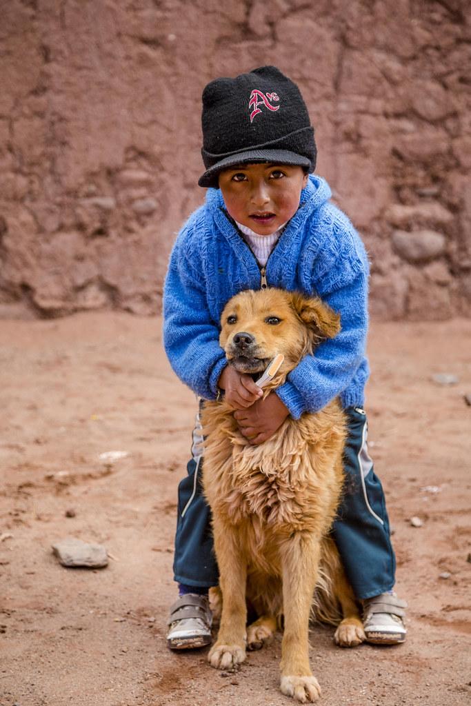 Laut der Internationalen Arbeitsorganisation (ILO) gibt es weltweit 152 Millionen Kinderarbeiter zwischen fünf und 17 Jahren, 73 Millionen von ihnen schuften unter ausbeuterischen Bedingungen | Bild (Ausschnitt): © Francoise Gaujour [CC BY-NC-ND 2.0]  - flickr
