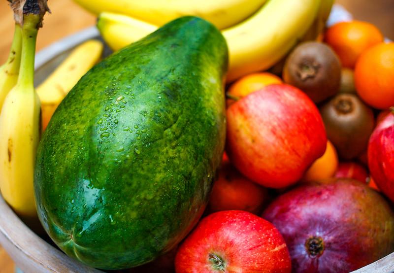 Tropische FrüchteTropenfrüchte sind schön bunt und lecker - aber auch oft mittels Kinderarbeit angebaut |  Bild: © Marco Verch Professional Photographer and Speaker [(CC BY 2.0) ]  - flickrTropische Früchte
