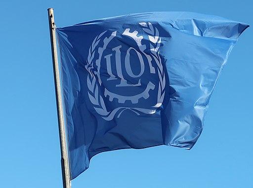 Flagge der ILOFlagge der ILO |  Bild: © © ILO photo [CC BY-SA 4.0]  - Wikimedia CommonsFlagge der ILO